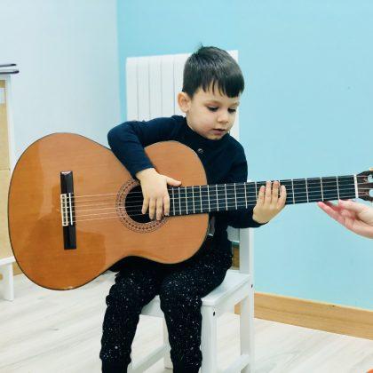 Música Cuarto Creciente Montessori Logroño (3)