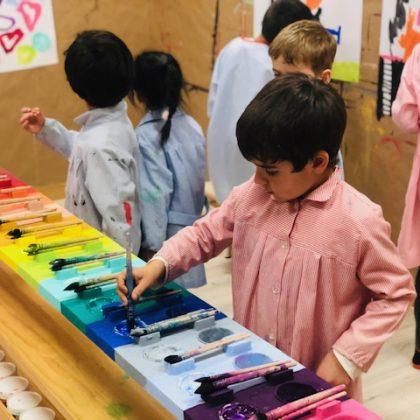 Pintura Cuarto Creciente Montessori Logroño (3)