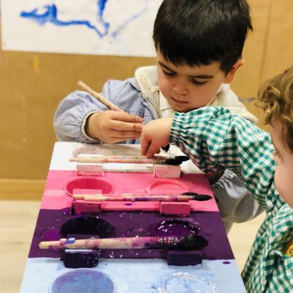 Pintura Cuarto Creciente Montessori Logroño (5)